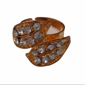 Vintage Ring Gold-tone Double Leaf Rhinestones